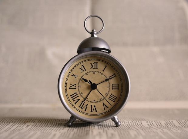 clock-691143_640