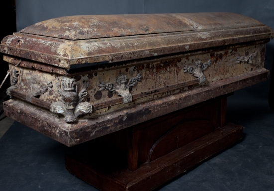 100_year_old_Rusted_Casket_300_rental_146
