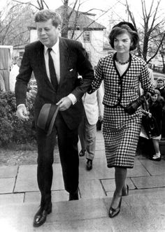 John and Jacqueline Kennedy arrive to attend a mass in Middleburg, VA, 4/9/61.