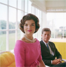 jackie-kennedy-pink-and-pearls