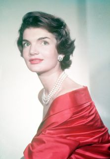 jackie-red-lipstick