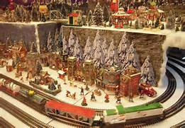 reading-model-railroad-at-xmas