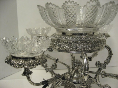 crystal-and-silver-epergne
